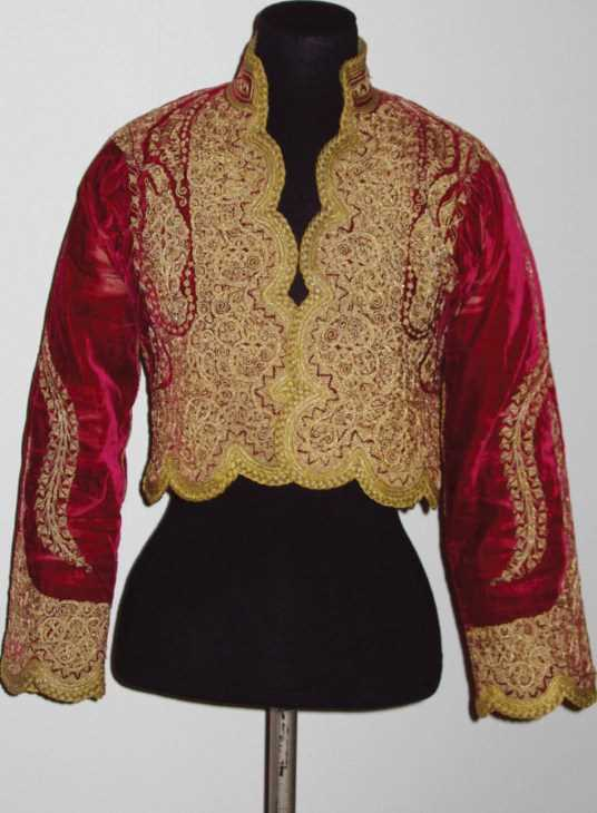 Red and gold woman�s jacket from South East Europe (probably Athens, Greece) c1830-80. Photo courtesy of the V&A
